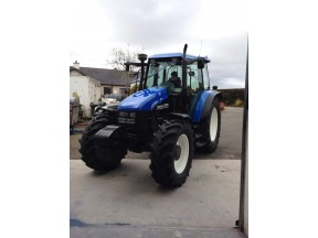 Ford New Holland TS115 - Resprayed with our Greenline 2k paint, excellent durability and fantastic gloss finish.